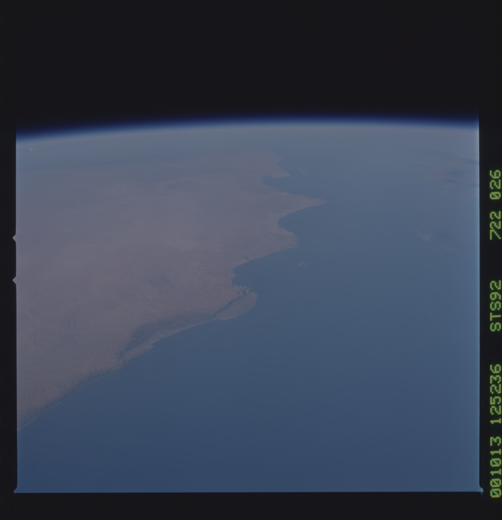 STS092-722-026 - STS-092 - STS-92 Earth observations