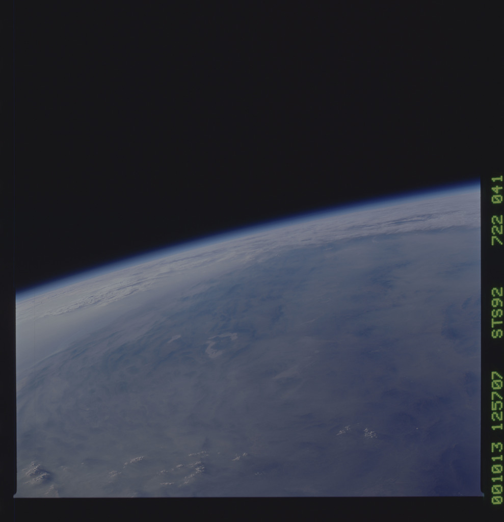 STS092-722-041 - STS-092 - STS-92 Earth observations