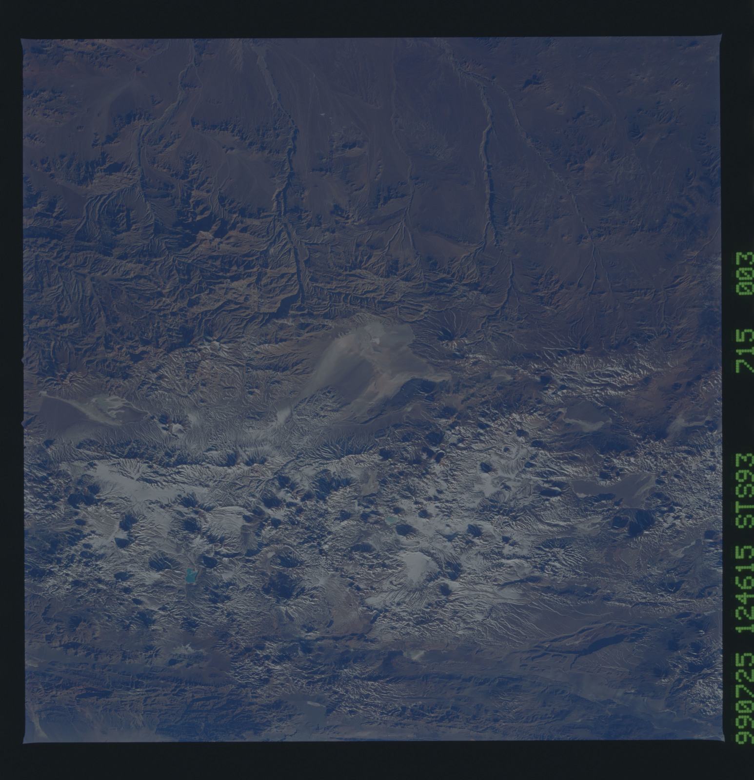 STS093-715-003 - STS-093 - Earth observations of the Andes Mts. taken from Columbia during STS-93 mission