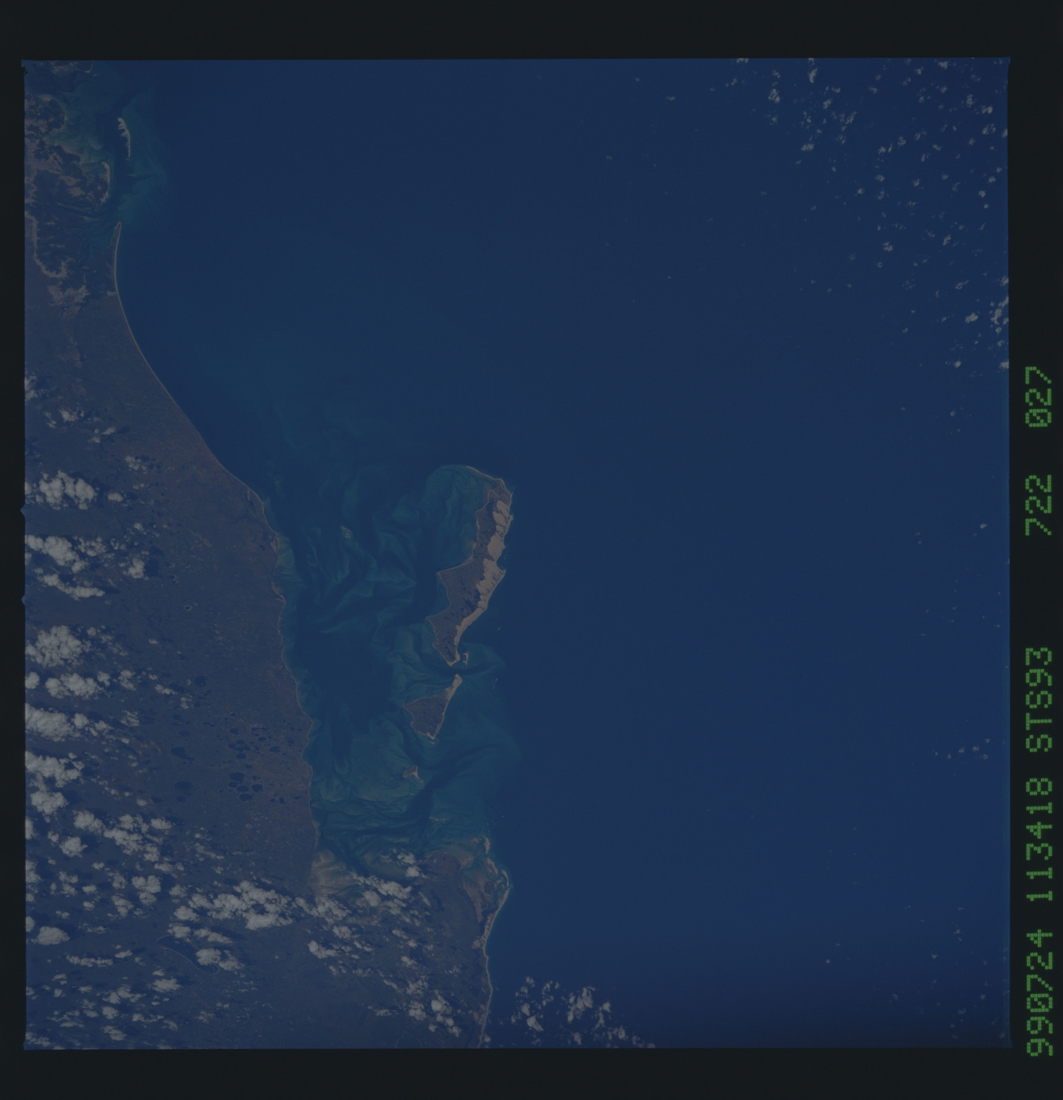 STS093-722-027 - STS-093 - Earth observations taken from Space Shuttle Columbia during STS-93 mission