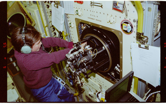 STS094-333-015 - STS-094 - CM-1 LSP - Various views of LSP sampler being installed