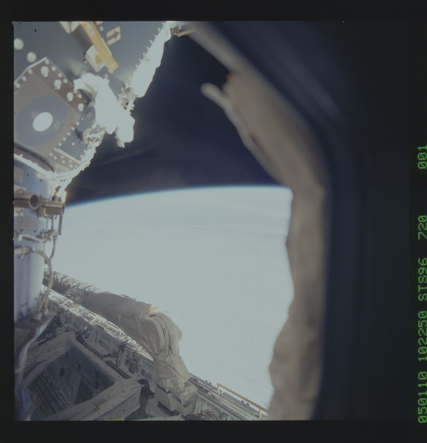 STS096-720-001 - STS-096 - View of the ODS and PMA-2 in the payload bay taken from Spacehab