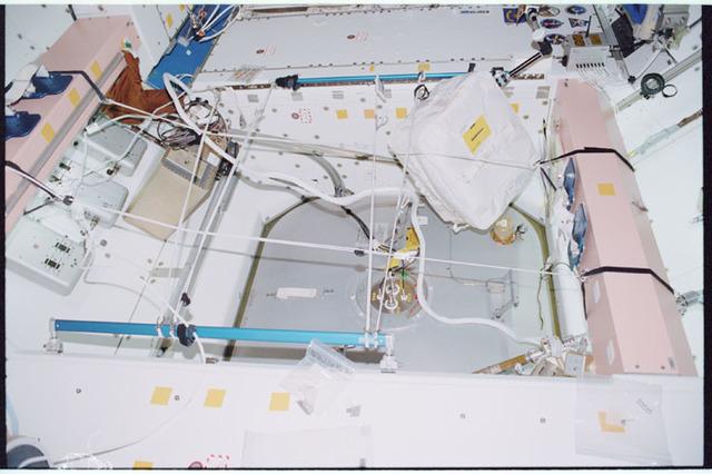 STS098-342-017 - STS-098 - Node 1