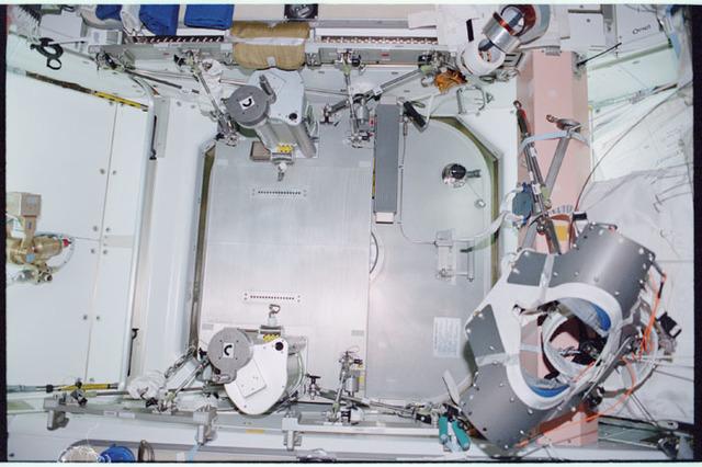 STS098-342-018 - STS-098 - Node 1