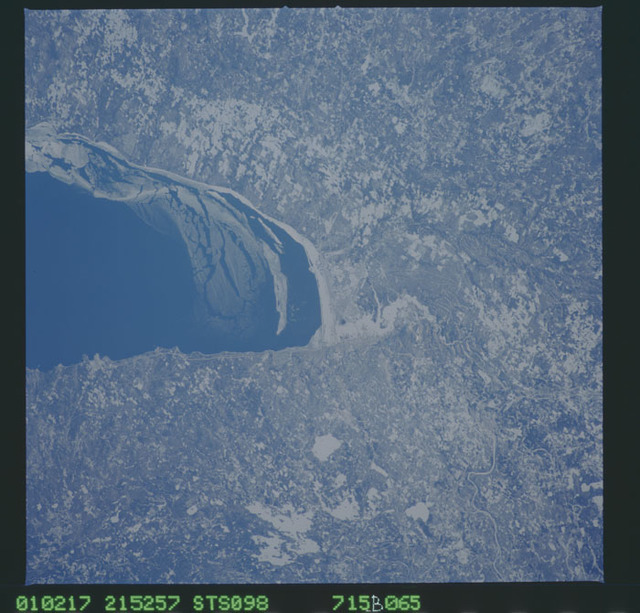 STS098-715B-065 - STS-098 - Earth observation taken during STS-98 mission