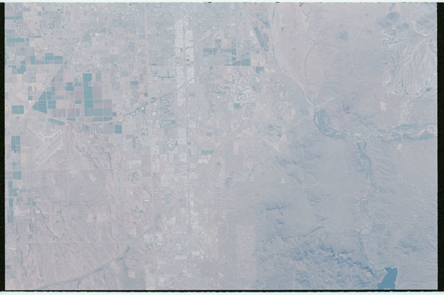 STS100-350-029 - STS-100 - Earth observation image of Phoenix, Arizona taken during STS-100.
