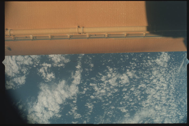 STS100-411-037 - STS-100 - View of the External Tank after separation from Endeavour during the STS-100 mission