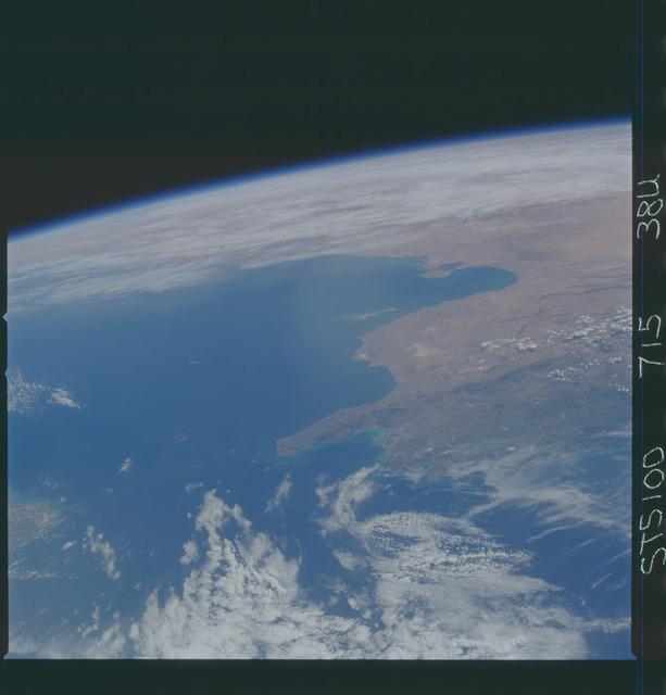 STS100-715-038U - STS-100 - Earth observation image taken during STS-100