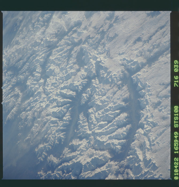 STS100-716-039 - STS-100 - Earth observation image of the Swiss Alps taken during STS-100.