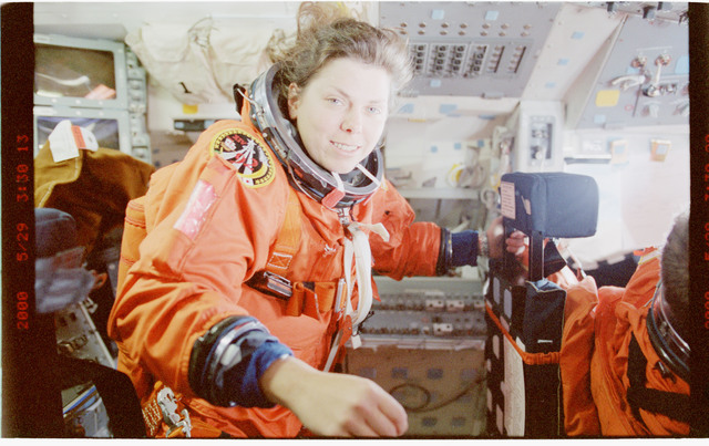 STS101-323-010 - STS-101 - MS Weber in her LES on flight deck after achieving orbit