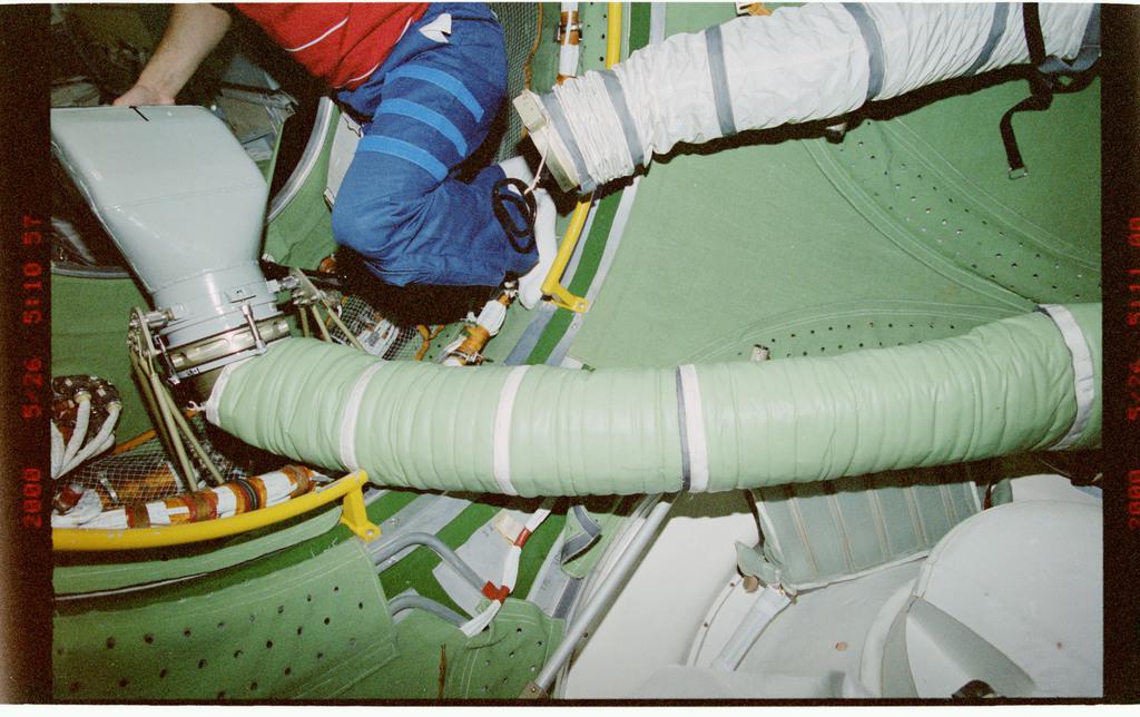 STS101-336-026 - STS-101 - Interior FGB/Zarya hardware