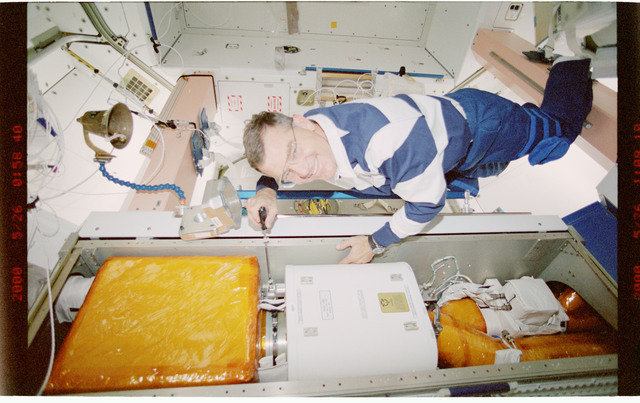 STS101-348-014 - STS-101 - Ventilation hardware in the Node 1/Unity module