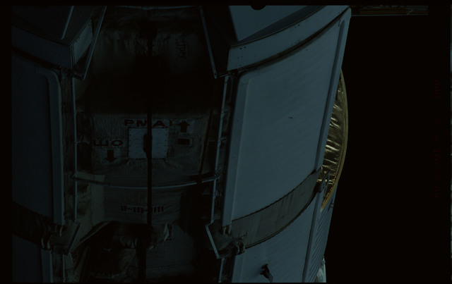 STS101-351-025 - STS-101 - Exterior view of Plane III (-ZA) of FGB/Zarya