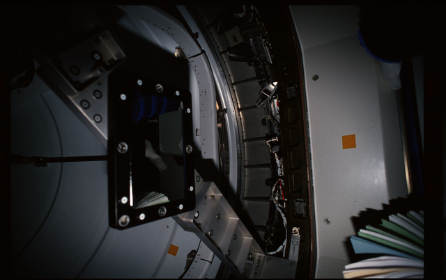 STS101-352-022 - STS-101 - CBCS target mirror attached to bridge on Node 1/Unity hatch during fitcheck