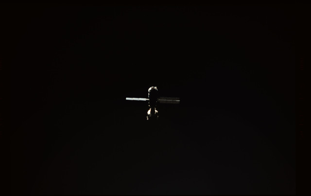 STS101-354-004 - STS-101 - View  of the ISS during approach
