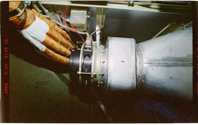 STS101-389-005 - STS-101 - Documentation of the Gas-liquid heat exchanger in FGB/Zarya