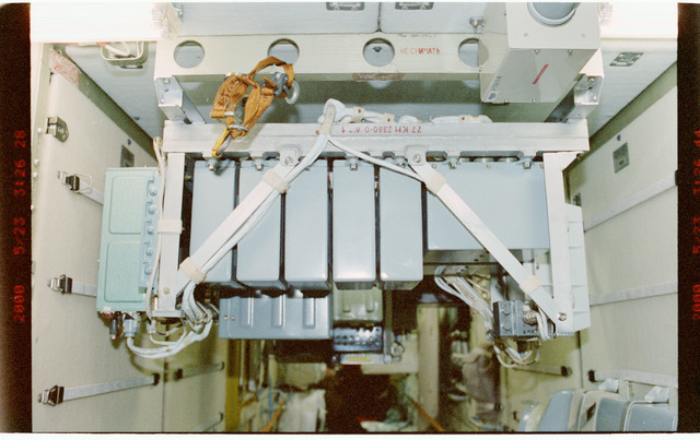 STS101-391-027 - STS-101 - TORU assembly in the FGB/Zarya module