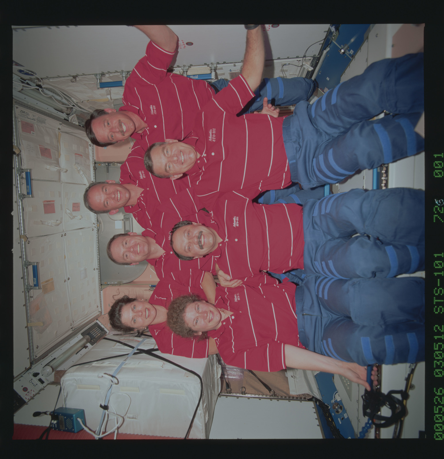 STS101-726-001 - STS-101 - STS-101 inflight crew portrait in the Node 1/Unity module