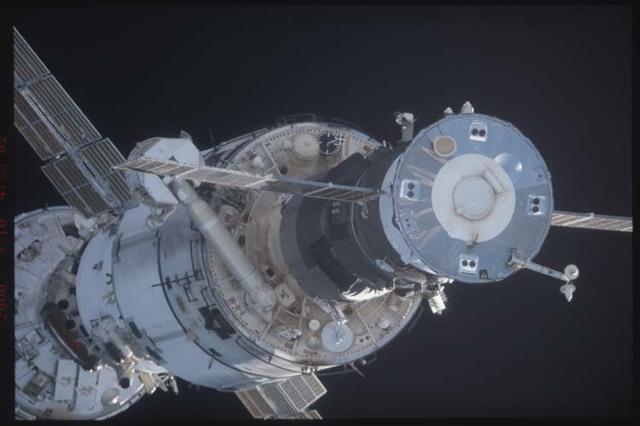 STS106-332-002 - STS-106 - Zenith side of Progress,Zarya & Zvezda taken from Atlantis during STS-106