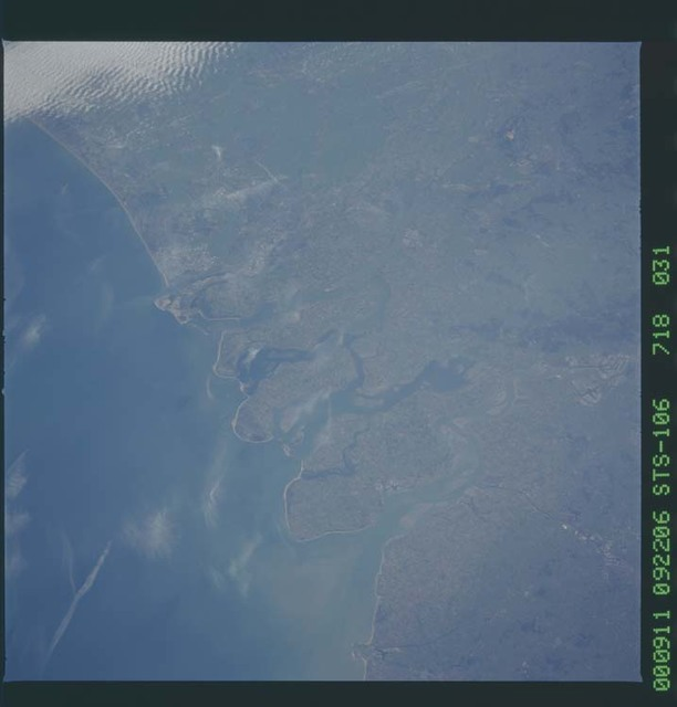 STS106-718-031 - STS-106 - Earth observation views taken from Atlantis during STS-106
