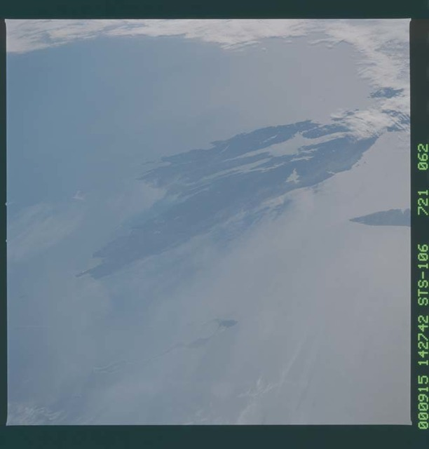 STS106-721-062 - STS-106 - ``The Maritime Provinces, Canada taken from Atlantis during STS-106``