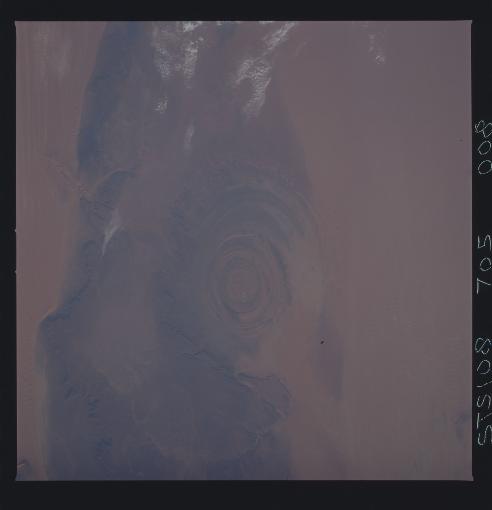 STS108-705-008 - STS-108 - Earth observations of the Richat Structure, Mauritania taken during STS-108