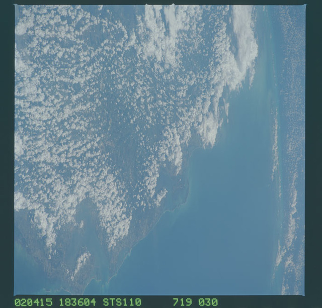STS110-719-030 - STS-110 - Earth observation views taken during STS-110.
