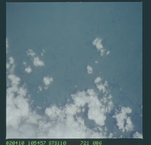 STS110-721-086 - STS-110 - Earth observation views taken during STS-110.