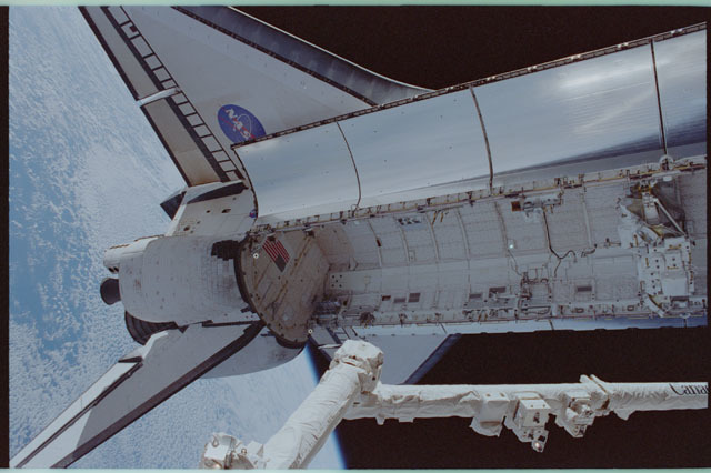 STS111-310-012 - STS-111 - Overhead view of Endeavour's empty PLB photographed during STS-111 UF-2 EVA 1