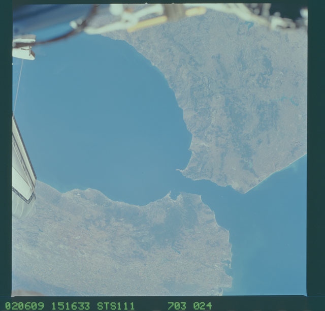 STS111-703-024 - STS-111 - Earth Observation from Space as seen during STS-111 UF-2.
