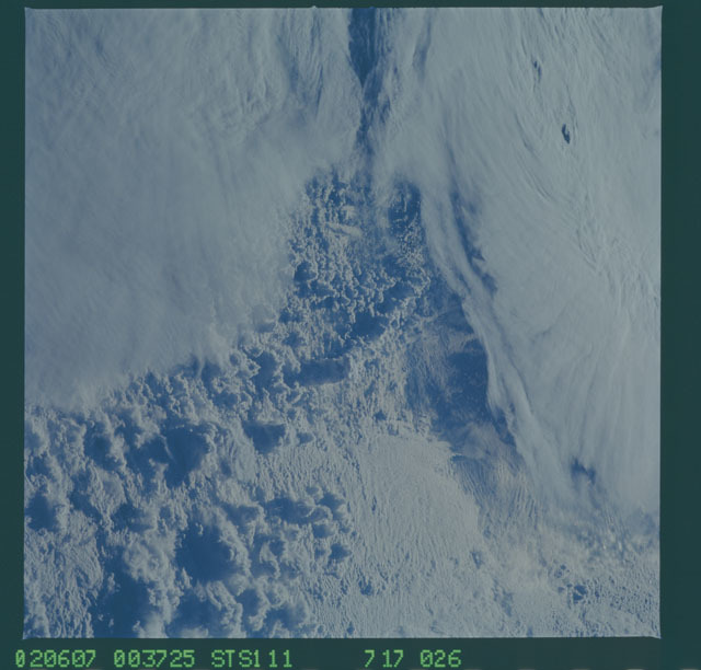 STS111-717-026 - STS-111 - Earth Observations taken during mission STS-111 UF-2.