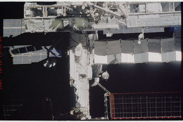 STS112-313-019 - STS-112 - Flyaround view of the P6 truss on the ISS