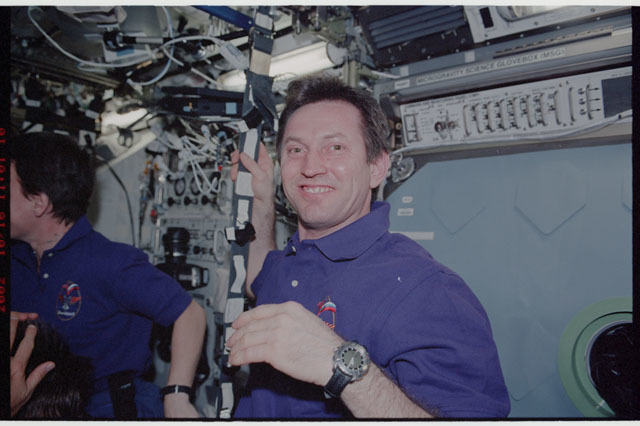 STS112-323-014 - STS-112 - Expedition 5 Flight engineer Treschev in the Destiny laboratory module