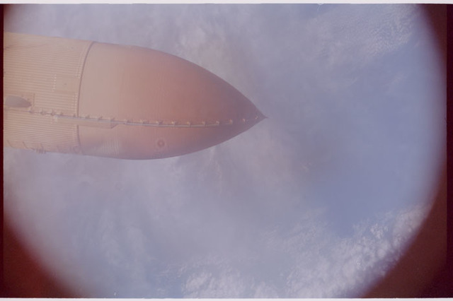 STS112-384-035 - STS-112 - External Tank separation