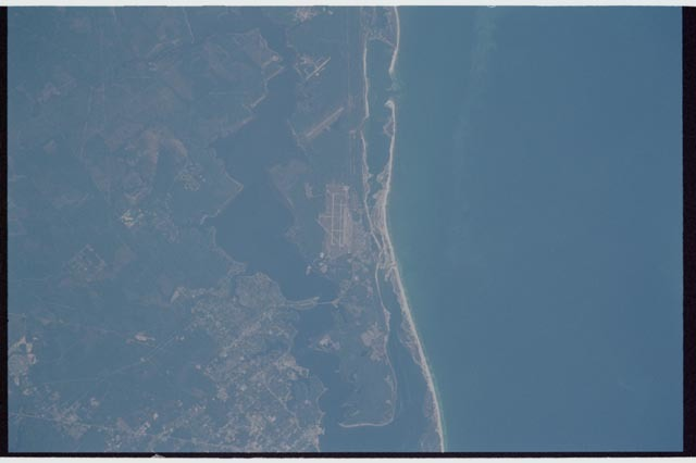STS113-347-025 - STS-113 - Earth Observation during STS-113