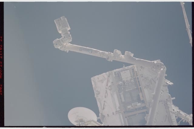 STS113-365-028 - STS-113 - SSRMS and S0 Truss as seen during STS-113