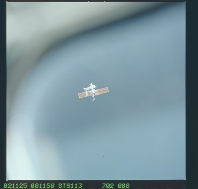 STS113-702-088 - STS-113 - Distant views of the ISS taken during STS-113 approach for docking