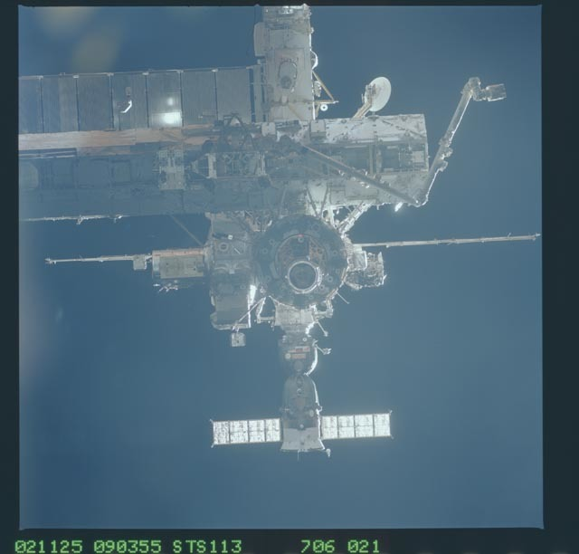 STS113-706-021 - STS-113 - FWD view of the ISS taken during STS-113 rendezvous for docking