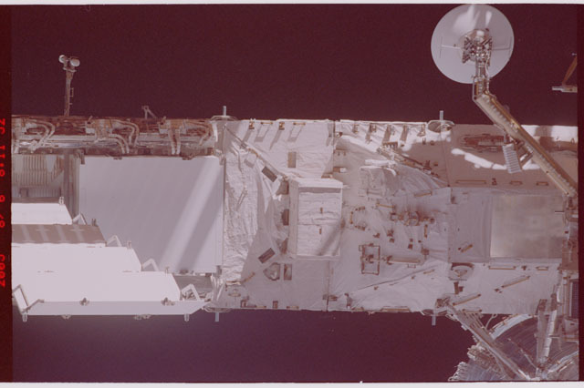 STS114-305-007 - STS-114 - Flyaround view of ISS