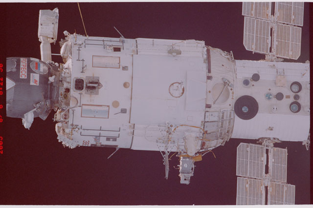 STS114-305-022 - STS-114 - Flyaround view of ISS