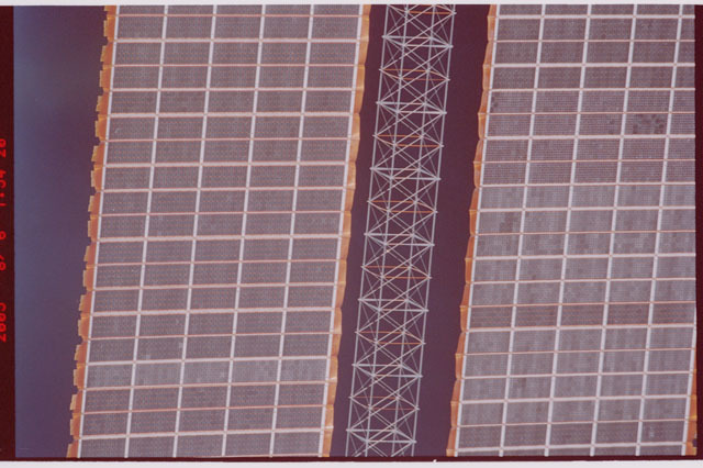 STS114-310-031 - STS-114 - P6 Truss Saw