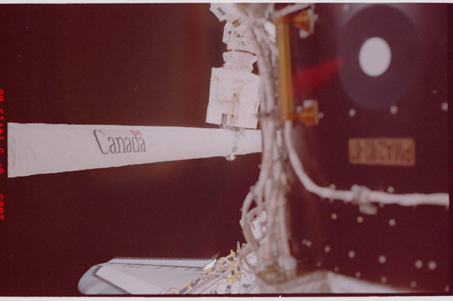 STS114-315-025 - STS-114 - RMS arm
