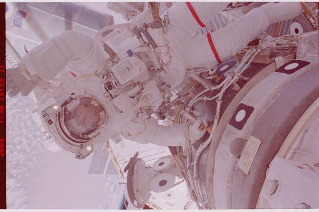 STS114-323-023 - STS-114 - Noguchi during EVA 1