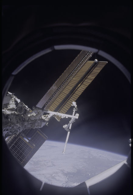 sts120-319-007a - STS-120
