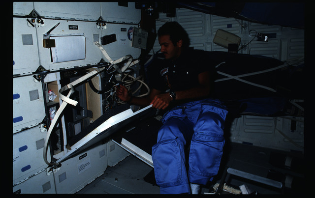 STS51G-15-026 - STS-51G - STS-51G crew activities - Al-Saud, Nagel, Baudry and Creighton
