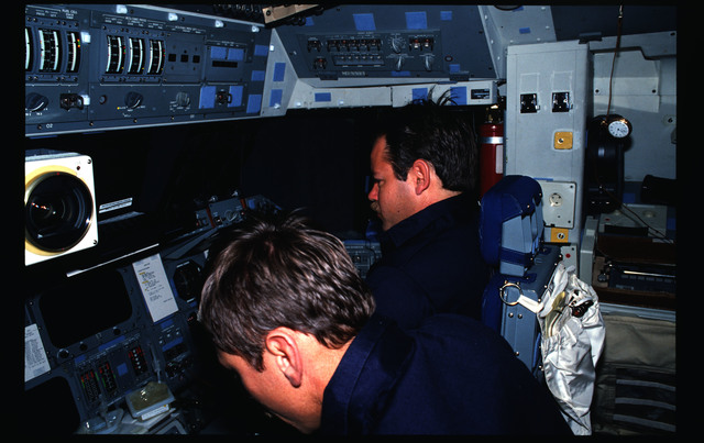 STS51G-15-034 - STS-51G - STS-51G crew activities - Al-Saud, Nagel, Baudry and Creighton