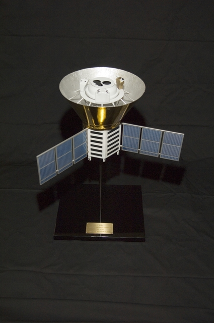 COBE (COSMIC BACKGROUND EXPLORER) MODEL
