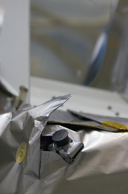 NASA's Lunar Reconnaissance Orbiter (LRO)  ROTATE CSS- CORE SUN SENSORS GODDARD SPACE FLIGHT CENTER