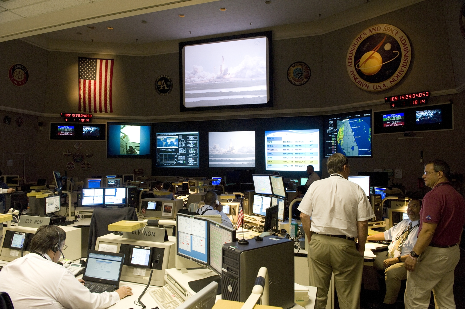SPACE SHUTTLE STS-135 LAUNCH AND LANDING COMMUNICATION TEAM IN THE NETWORK INTEGRATION CENTER GODDARD SPACE FLIGHT CENTER