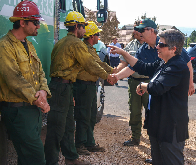 Wildfire - Colorado Springs, Colo. , July 3, 2012 -- DHS Secretary Napolitano, and Secretary Vilsack thanks fire crew from North California National Forest working on the Waldo Canyon Fire.  Photo: Michael Rieger/FEMA
